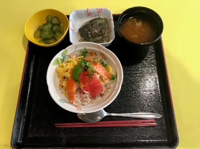散らし寿司づくり